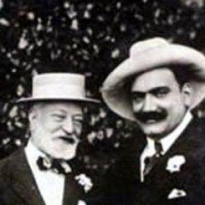 Enrico Caruso with Scotti (left) & Tosti (middle). A signed portrait, c. 1909. Italian tenor, 1873-1921.